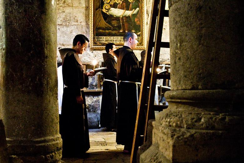 XVI – Franciscanos de Tierra Santa