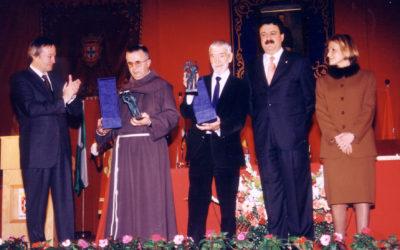 II – Hermanos Franciscanos de la Cruz Blanca